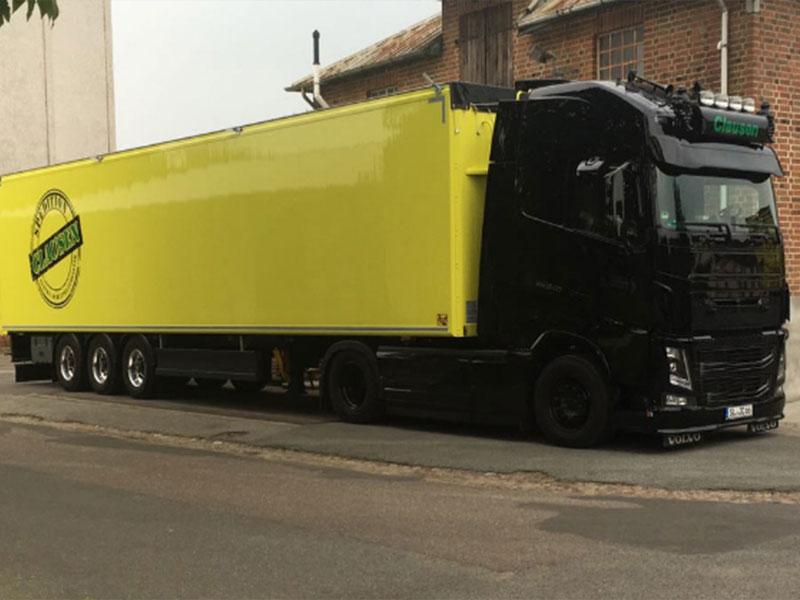Truck der Firma Clausen