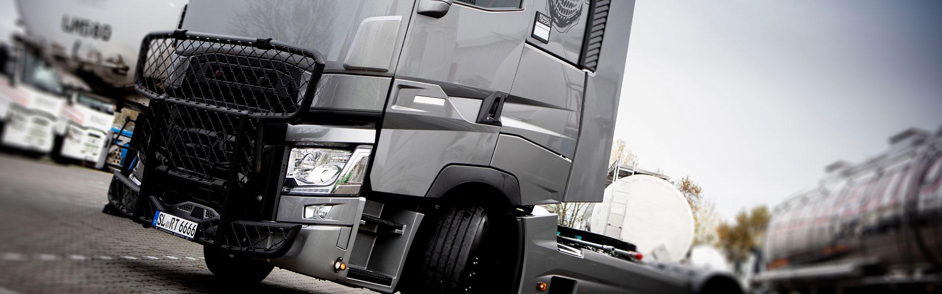 Truckvermietung in Grossenwiehe. Wir haben eine tolle Auswahl an Trucks, Transportern und Schuubbodenaufliegern